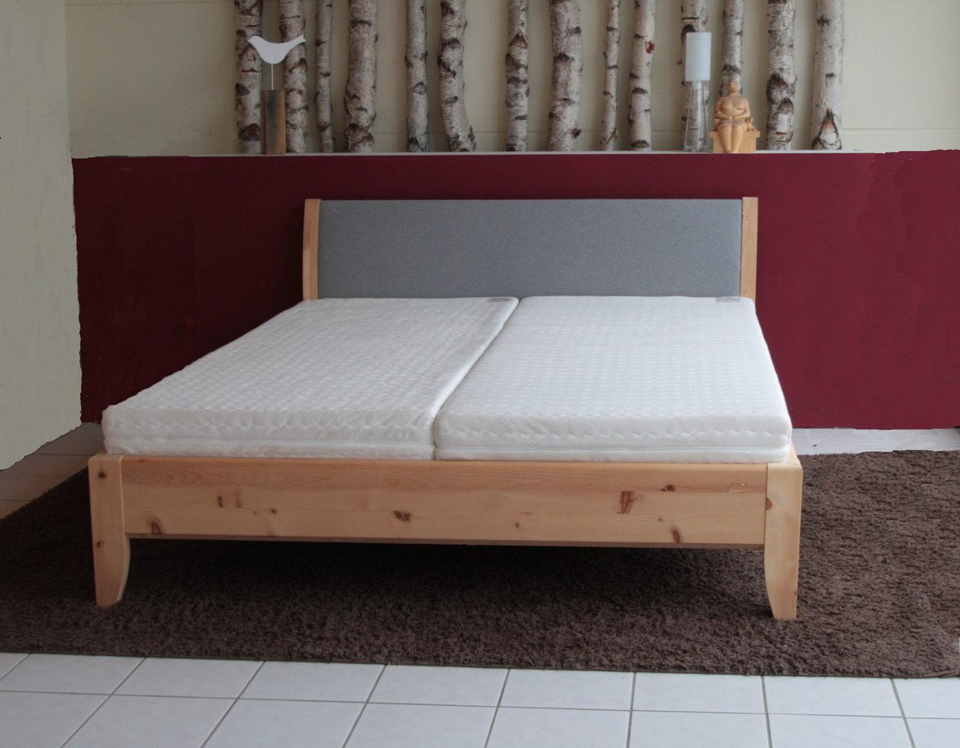 massivholzbett terra das bett mit dem charme des suedens. Black Bedroom Furniture Sets. Home Design Ideas